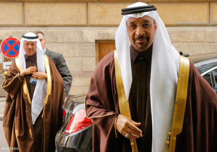 Szaúd-Arábia energiaügyi minisztere, Khalid al-Falih érkezik a bécsi találkozóra, 2016. november 30-án.