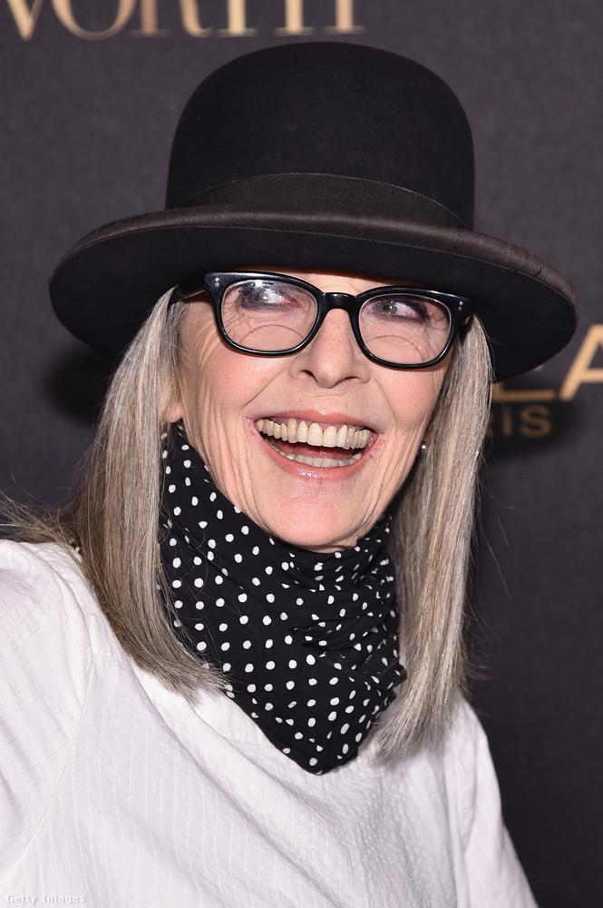 Diane Keaton viszont természetes