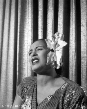 Billie Holiday orchideával a hajában az ötvenes évek elején