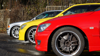 Lexus IS 200 - BMW 320i - Toyota Altezza RS 200Z