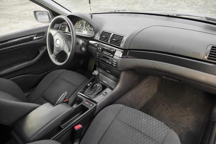 Egyszerűen szebb a BMW beltere és sokkal kellemesebb anyagokból készült
