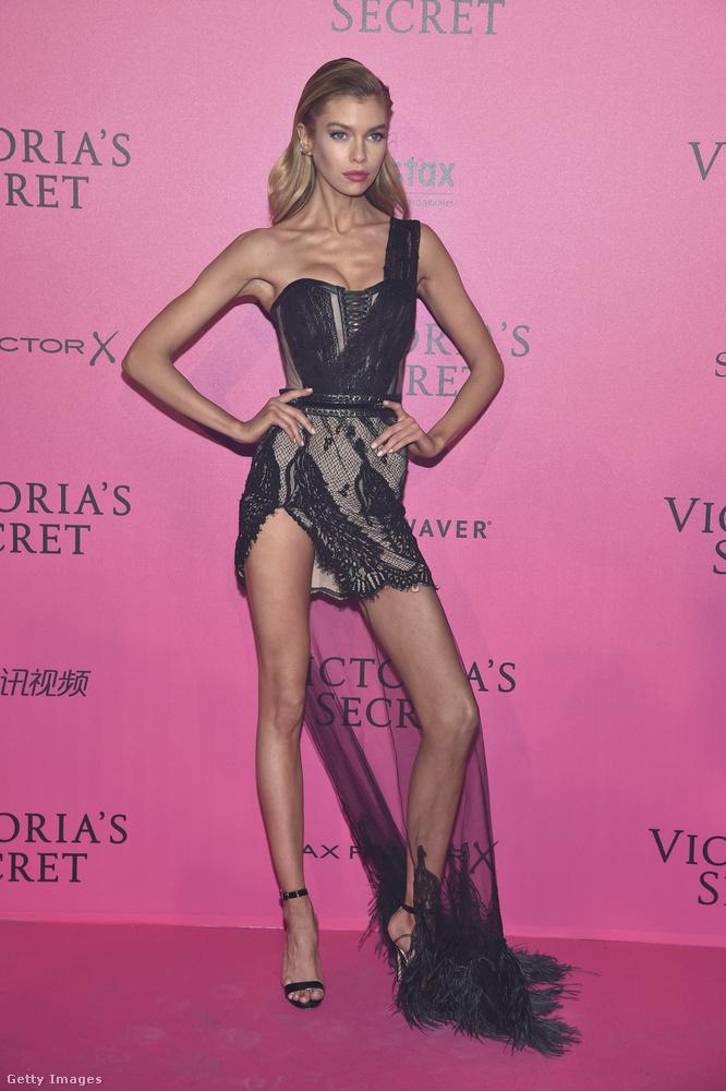 Ott volt Stella Maxwell, Palvin Barbara egyik legobb barátnője is - idén viszont egyik magyar modell sem lejtett végig bugyiban a kifutón.