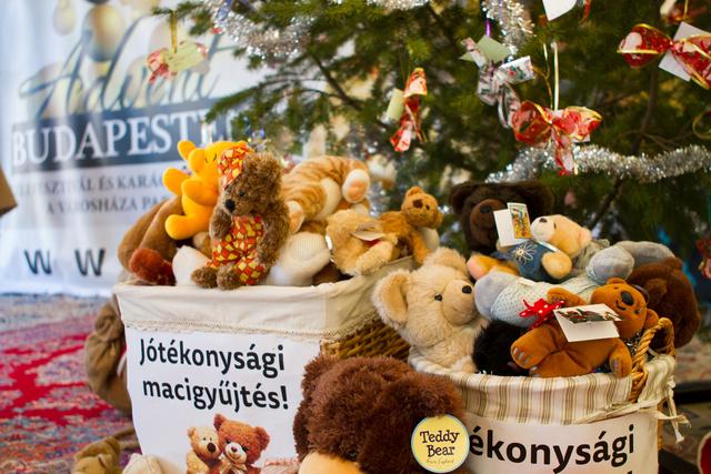 2014-12-19 advent budapest facebook 018