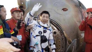 Kopogtatást idéző hang hozta a frászt egy kínai asztronautára az űrben