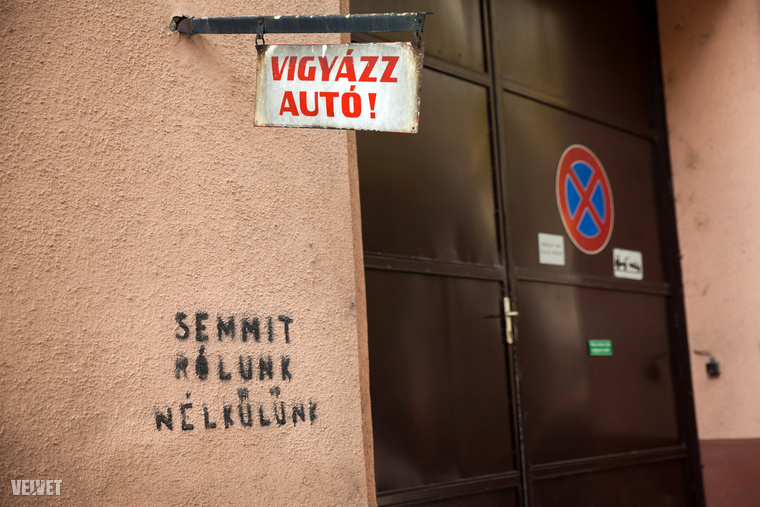 Miközben itt parkol, váljon egy befogadóbb társadalom tagjává