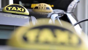 Összevertek egy ötgyermekes taxisnőt Pécsen