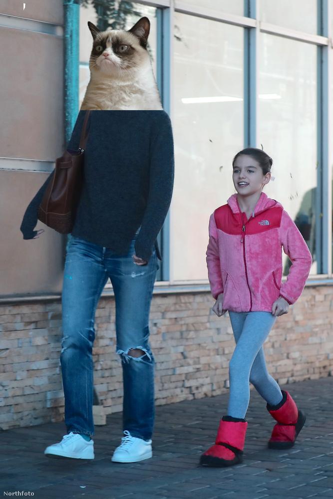 Nincs lenyűgözve a sétától a kislány anyukája