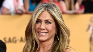 Azért Jennifer Anistonnak sem volt egyszerű gyerekkora