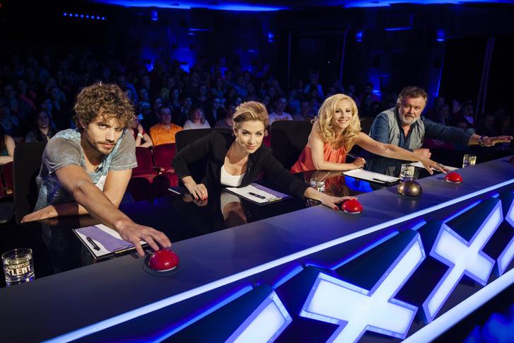 Linczényi Márk, Kovács Patrícia, Horgas Eszter, és Csuja Imre a Hungary's Got Talent zsűrijében.
