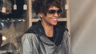 Nahát, Halle Berryből Whitney Houstont csináltak!