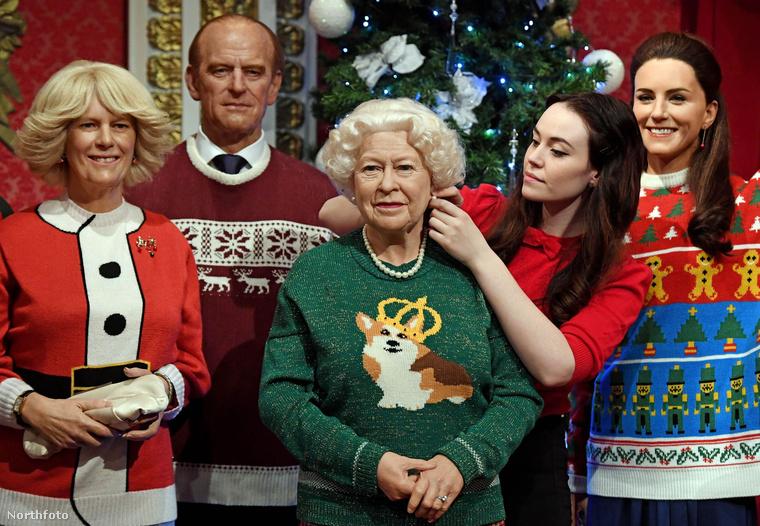 A királynő a koronás corgis pulcsiban?