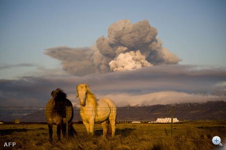 Izlandi idill vulkánkitöréssel.