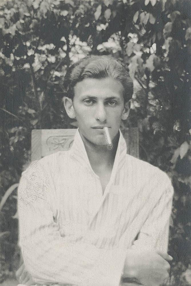 Radnóti Miklós Reichenbergben feltehetőleg 1928-ban