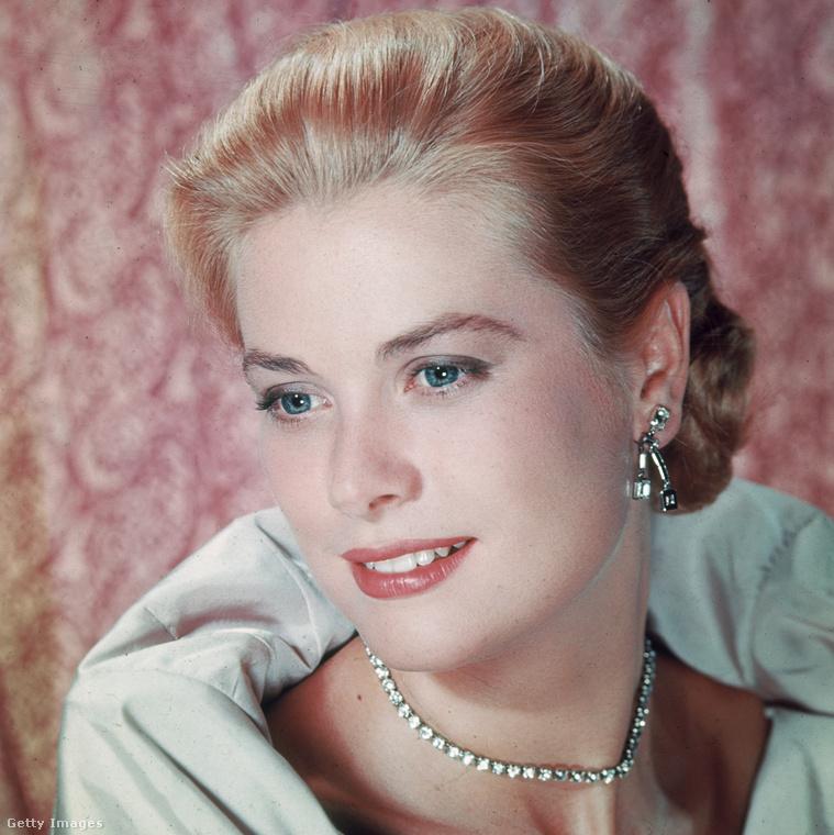 Grace Kelly, aki '56-ban vonult vissza  filmezéstől, hogy Monacói hercegné legyen.