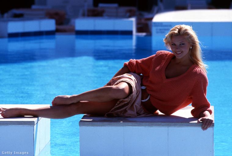Egy kicsit ugorjunk előre - ez már a 80-as évek vége és Nancy Mulford, amerikai színésznő.