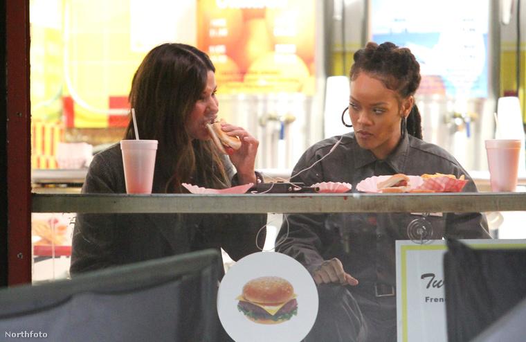 Sandra Bullock és Rihanna már javában forgatják az Ocean's Eight című filmet, ez a galéria azonban sokkal inkább szól majd étkezési és zenehallgatási szokásaikról,