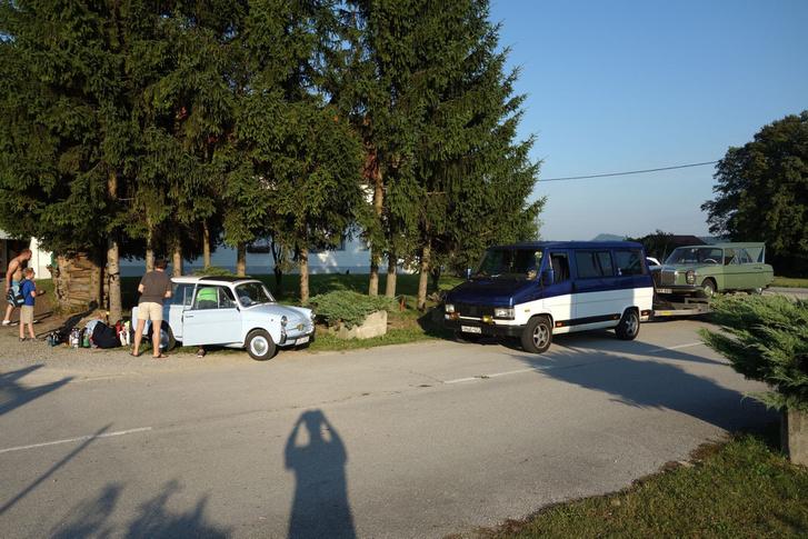 Autócsere előtti pillanatok - ilyen is ritkán eshetett meg, hogy egy Autobianchiért Mercedest hozzanak csereutónak