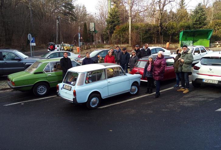Kis december eleji összejövetel a Hármashatár-hegy aljában a klubtársakkal. Ez volt Bianchi első útja augusztus óta