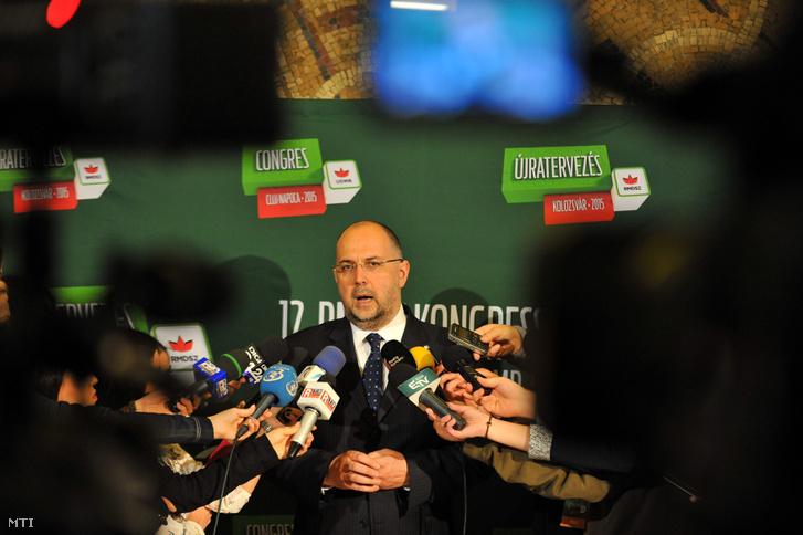 Kelemen Hunor Kolozsvárott tartott sajtótájékoztatón 2015-ben.