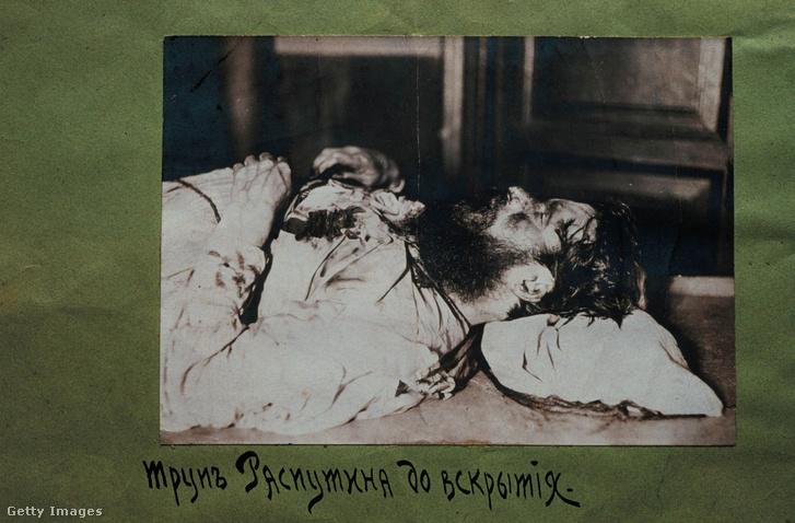 Rendőrségi felvétel Raszputyin holttestéről, amit Szentpéterváron készítettek a boncolás előtt