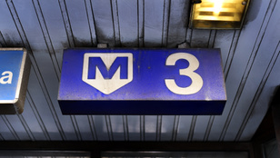 Csak a szokásos: elfüstölt a hármas metró