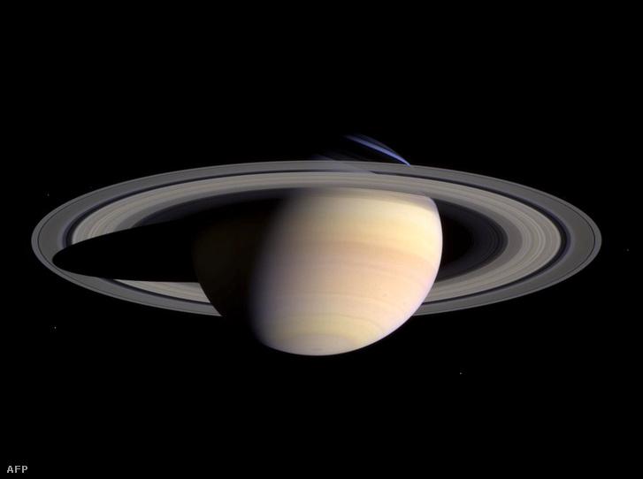 Ez a Szaturnusz gyűrűje. A Földé nem volt ilyen látványos.