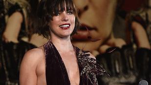 Milla Jovovich majdnem túl szexi lett a színpadon