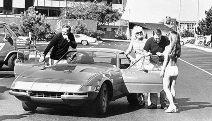 A Ferrari Daytona