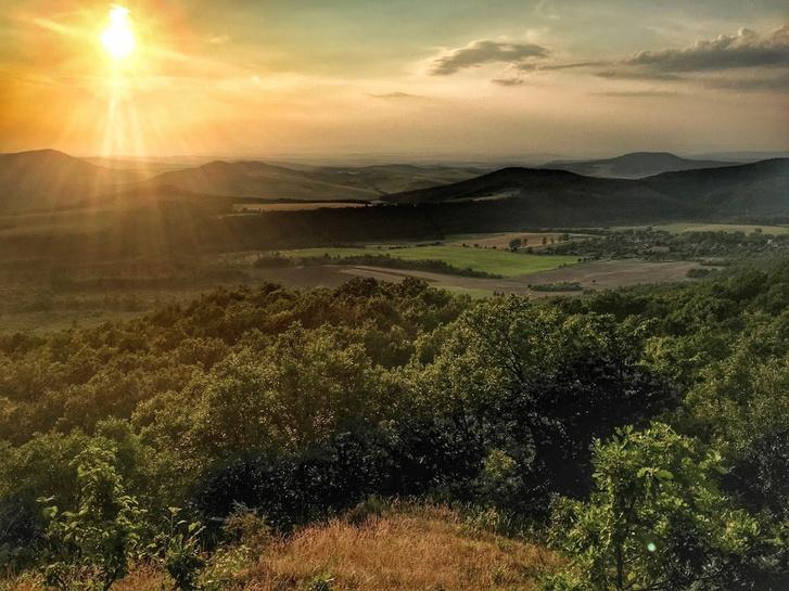 Kilátás a Macska-hegyről