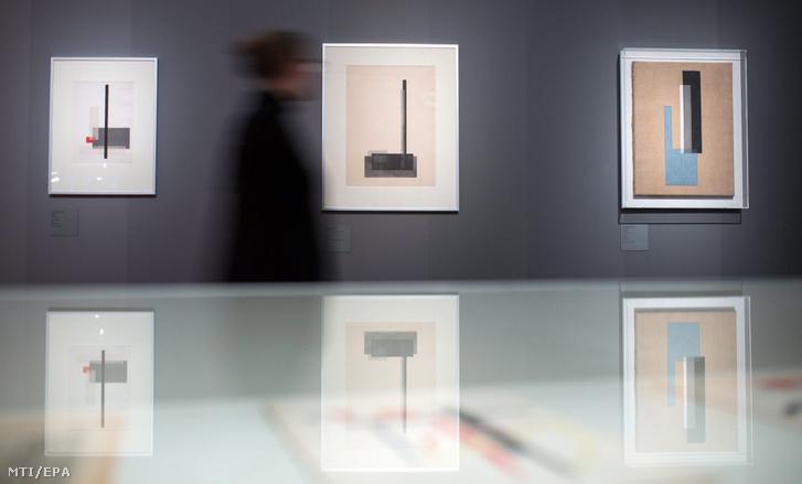 Moholy-Nagy László (1895-1946) festményei a berlini Bauhaus Archívumban