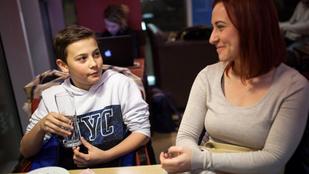 Megtaláltuk a kisfiút, aki megírta Magyarország első szuperhősös forgatókönyvét