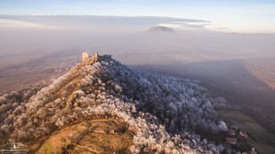 Ilyen felvételt még biztosan nem látott a téli Balatonról