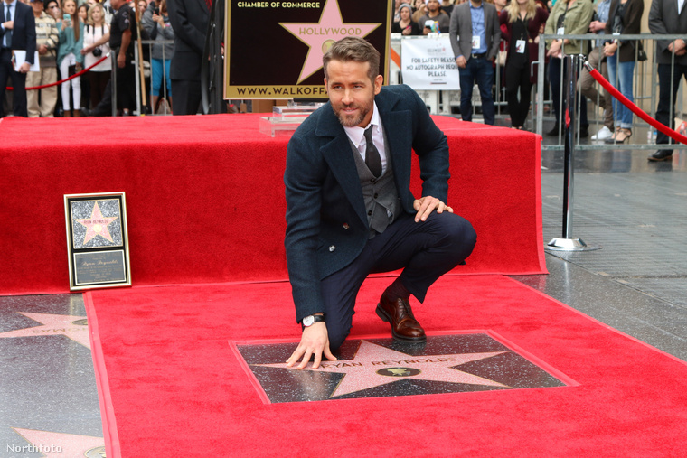 De Ryan Reynolds nem is a szakmai múltja, a filmes munkái miatt olyan érdekes