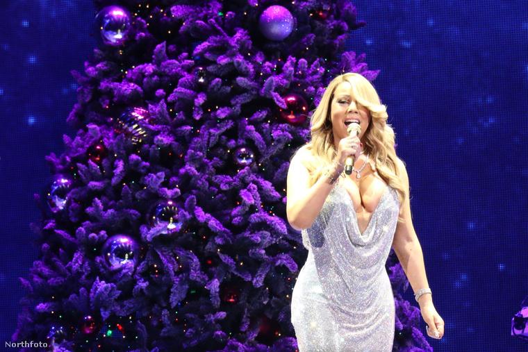 Már 22, azaz huszonkettedik éve annak, hogy Mariah Carey kiadta a karácsonyi albumát