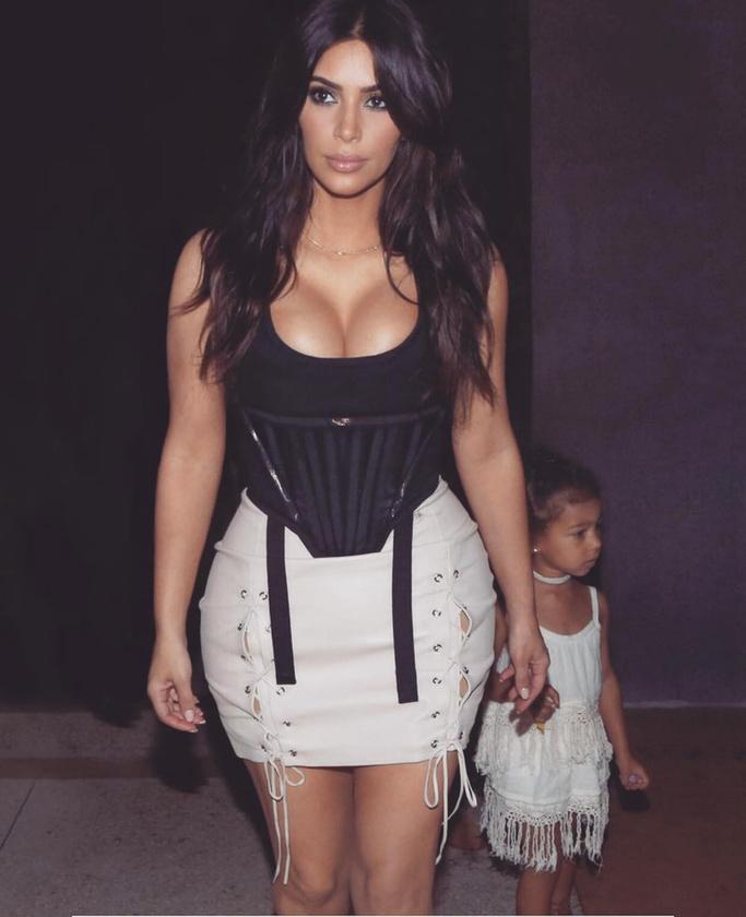 Igaz, hogy az utóbbi időben egyre több fotó van, amin kislánya szerepel...