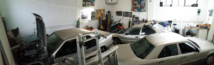 Sok ezüst autó Csabánál