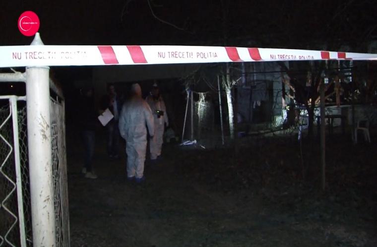 Helyi sajtóinformációk szerint a holttestet ennek a háznak az udvarán egy kútba dobva találták meg.