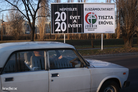 v2010 plakatok3 16