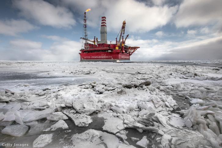 Orosz fúrótorony a sarkvidéken