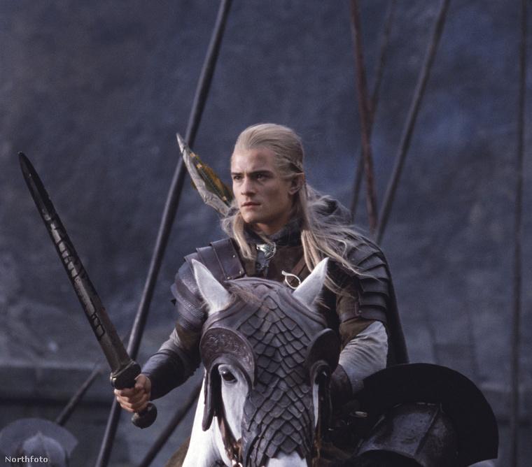 Íme, a trilógia első számú tündéje: Legolas