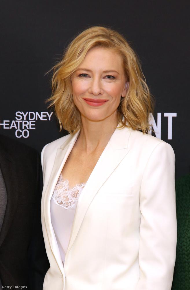 most pedig 47.A Gyűrűk Urától függetlenül is rendszeresen hallunk róla, sikeres színésznő, jobbnál jobb szerepekkel, és két Oscar-díjjal