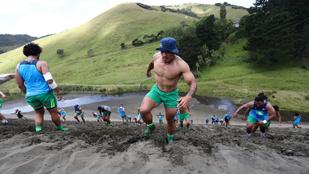 Ezek meg embertelen hegymenettel edzenek