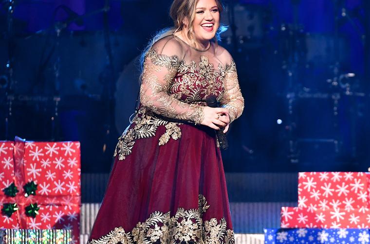 3. Kelly Clarkson