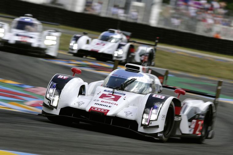 Az R18 e-tron hibriddel zsinórban három Le Mans-t nyertek