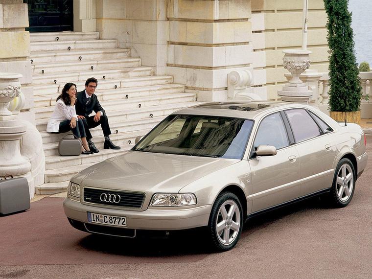 A V8 TDI-t elsőként az Audi A8-asba szerelték