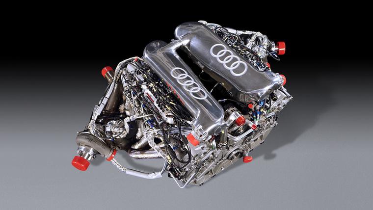 Az R10 TDI volt az első versenyautó TDI-motorral