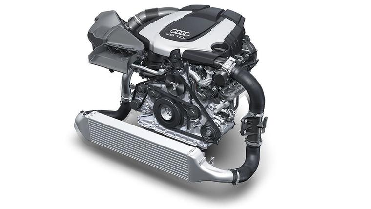 2011-ben aztán jött a kétturbós 3,0 V6 TDI