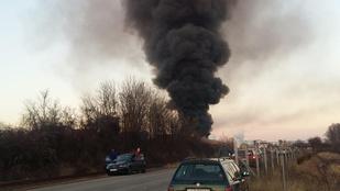Vegyi anyag okozhatott robbanást egy balatonfűzfői üzemnél
