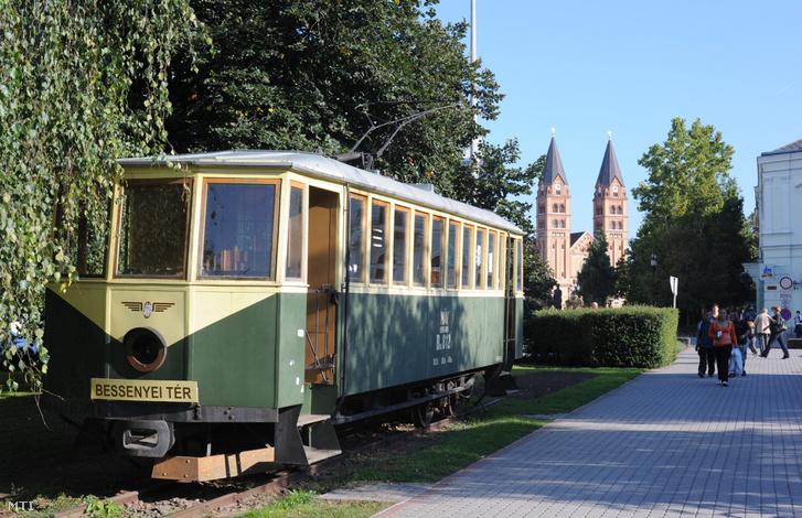 Az 1910-ben gyártott villamos