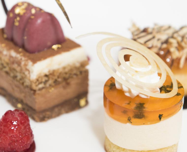 A Beverly Hilton Hotelben tartott bemutatón elmondta, hogy a csokit mindenki szereti, szóval idén sem hagyhatták ki